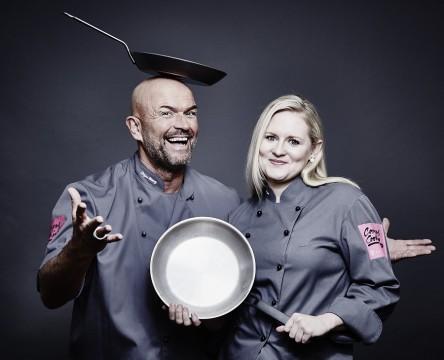 Telekom Campus Cooking_Stefan Wiertz und Elizabeth Opel Pfannen_(c) Guido Schroeder_klein
